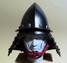 日本の武の美、正統派戦国ブランドのパイオニア【もののふ】-南蛮兜